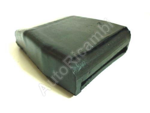 Guma listového pera Iveco Daily 2000 pro kovové pero přední nápravy