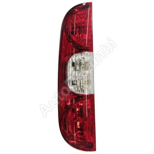 Zadní světlo Fiat Doblo 2005-10 levé - bez lišty