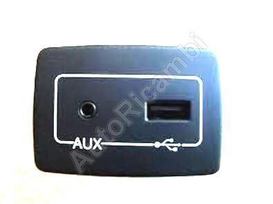 Zásuvka USB Fiat Ducato 2014>