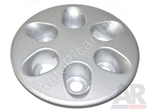 Puklica kola Iveco Daily 2006 35S- stříbrná